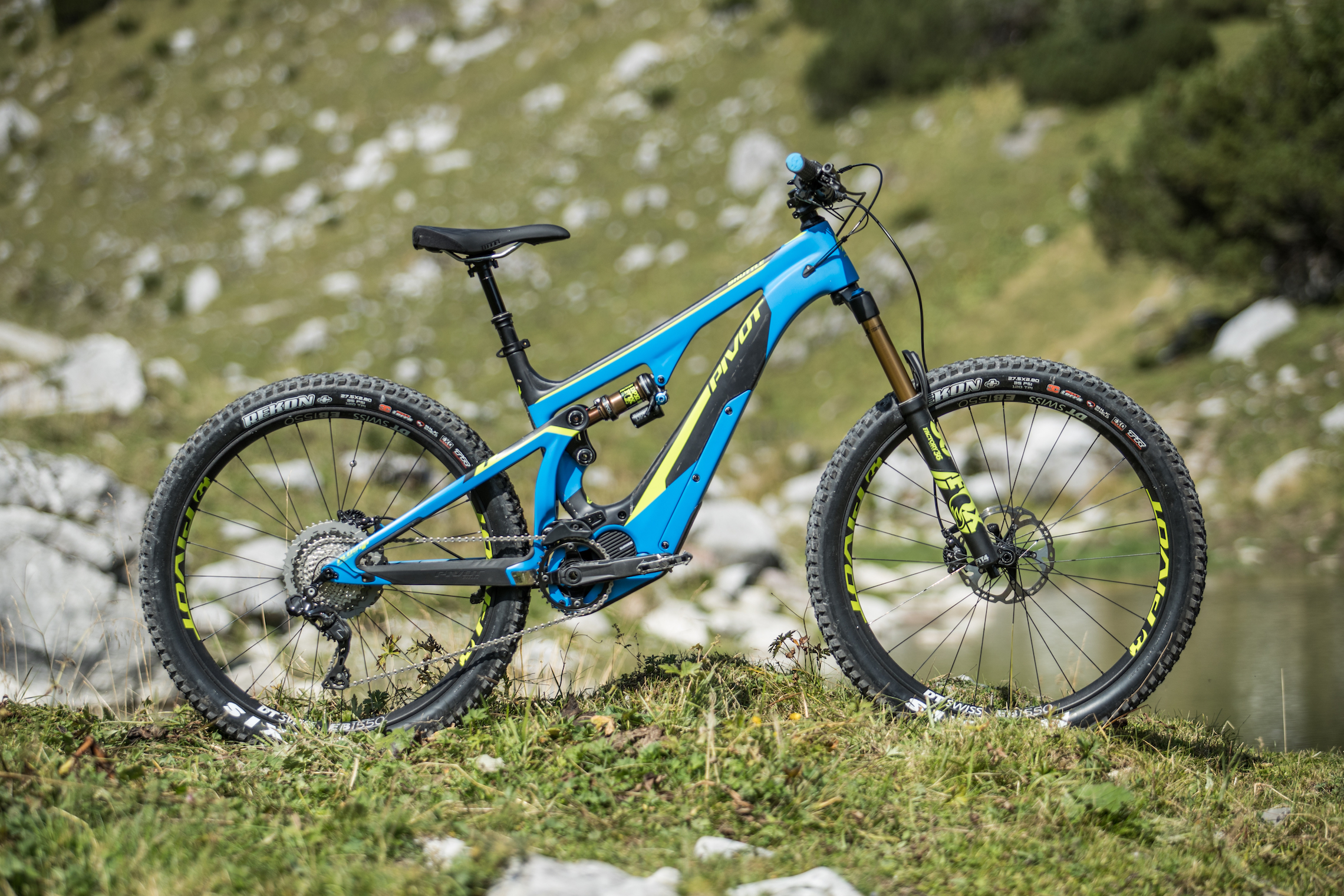 Tested: Pivot Shuttle – Perfect Partner For Hunting The Fastest Times?