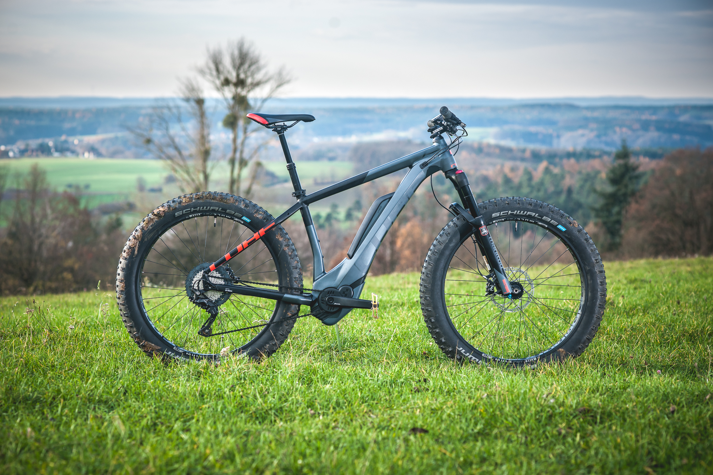 was f r ein fettes ding test cube nutrail hybrid 500 e fatbike emtb. Black Bedroom Furniture Sets. Home Design Ideas