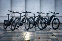 Das große Urban-Special: Sicher Pendeln – wir haben E-Bikes, Kleidung, Helme und Zubehör für euch ausprobiert