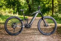 E-Trailbike mit potentem Fahrwerk